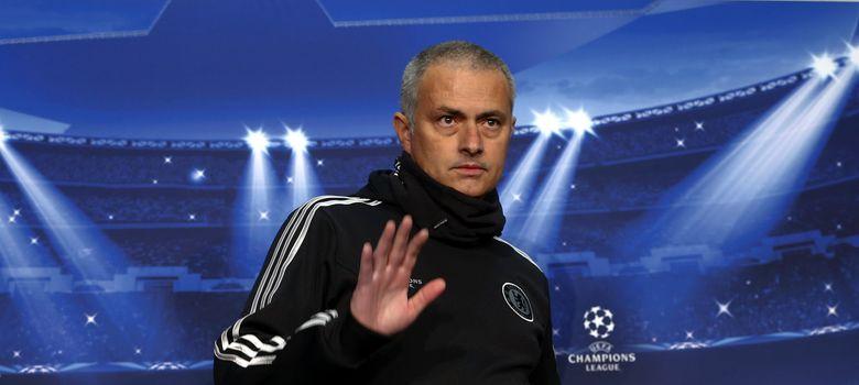 Foto: El técnico portugués del Chelsea, José Mourinho, en una rueda de prensa de la Champions.