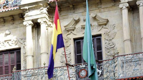 La guerra de las banderas continúa en Navarra: ahora ondeará la republicana