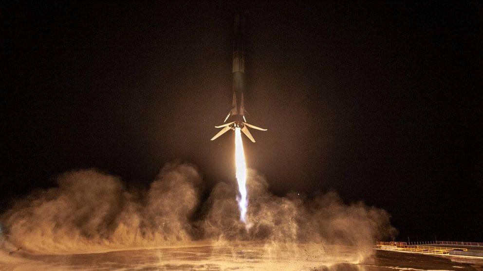 Así fue el primer y espectacular aterrizaje de un cohete Falcon 9 (SpaceX) en California