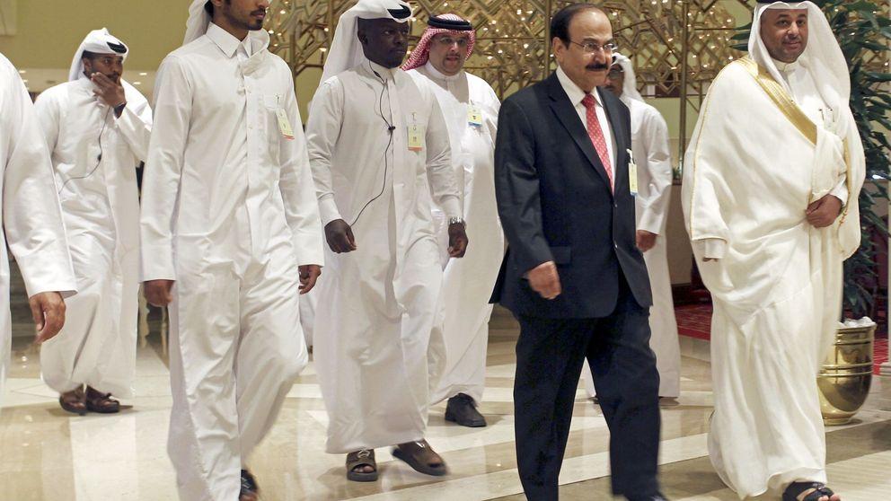 El fracaso del cartel del petróleo en Doha hunde el precio del barril un 5%