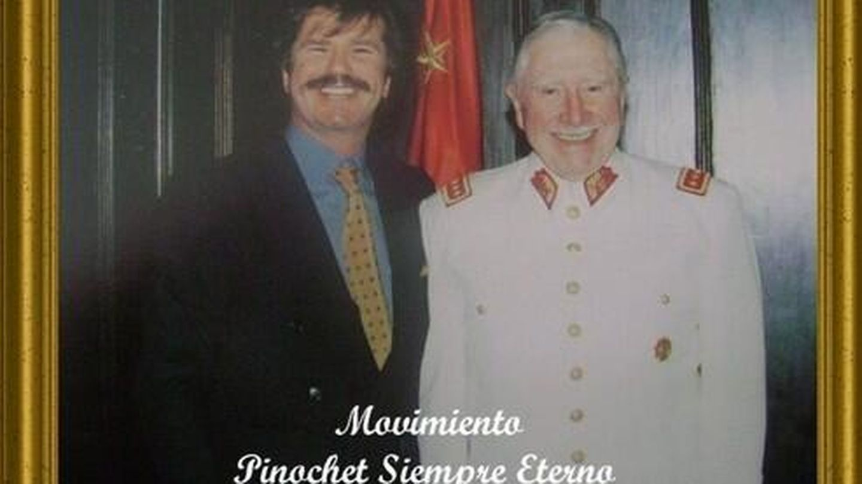 Edmundo Arrocet y el dictador chileno Augusto Pinochet (Vanitatis)