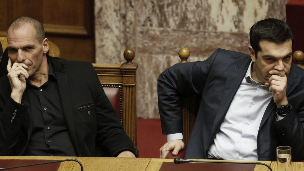 Grecia destituye a Yanis Varufakis como negociador ante la troika