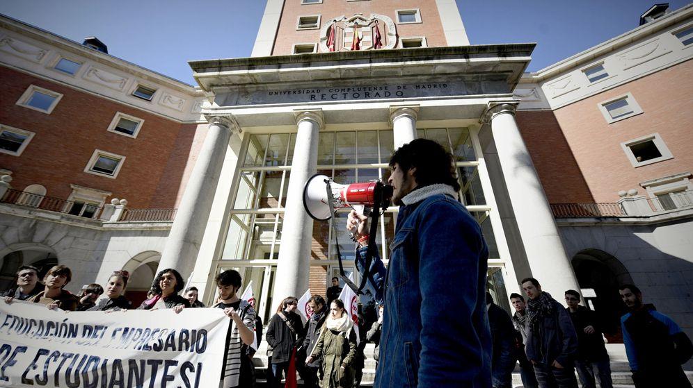 Foto: Protesta estudiantil en la Universidad Complutense de Madrid. (EFE)