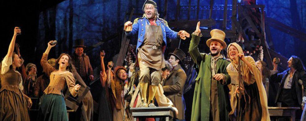 Los miserables salen a la calle durante 'La Noche de los Teatros'