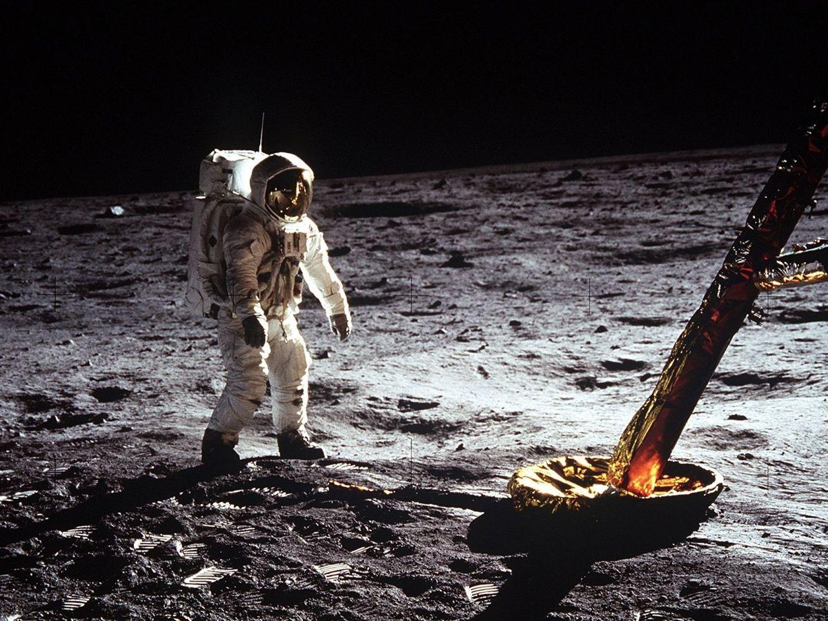 Foto: El astronauta Buzz Aldrin, mientras camina sobre la superficie de la Luna en 1969. Foto: NASA