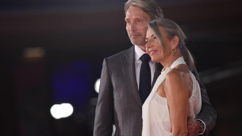 El actor y su mujer, Hanne Jacobsen. (Getty)