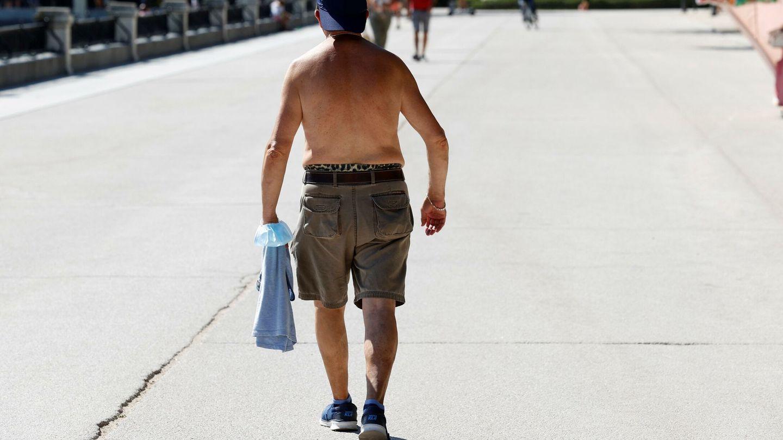 Día de mucho calor en el Parque del Retiro en Madrid. Foto: EFE