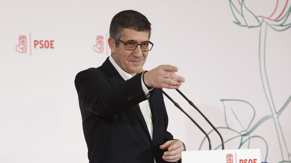 Foto: Patxi López presenta su candidatura a la secretaría del PSOE. (EFE)