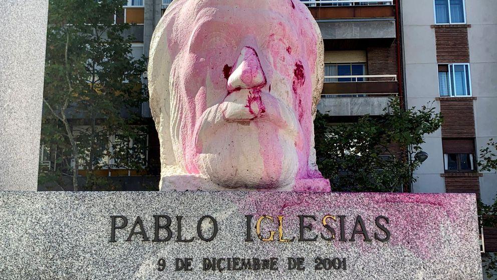 Viva Franco y profanadores: pintadas en la estatua del fundador del PSOE en Madrid