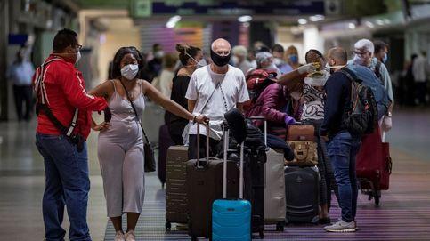Bruselas espera que se puedan retomar los viajes en la UE desde este verano