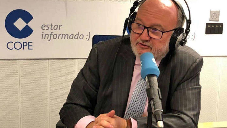 César Lumbreras, durante su programa Agropopular. (Cope)