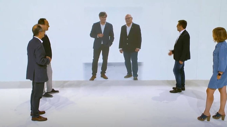 Puigdemont abre ciclo político en Cataluña con su partido y el 1-O como única ideología