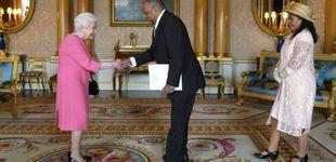 Post de El complicado día de Isabel II: una foto sospechosa y un aniversario ensombrecido