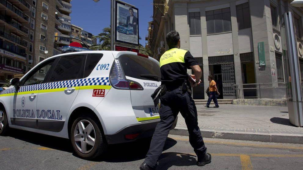 Detenido un hombre en Tres Cantos (Madrid) por pegar a su mujer en plena calle