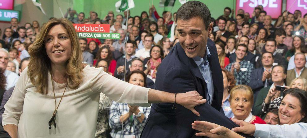 Foto: El secretario general del PSOE, Pedro Sánchez, y la presidenta de la Junta de Andalucía, Susana Díaz (EFE)