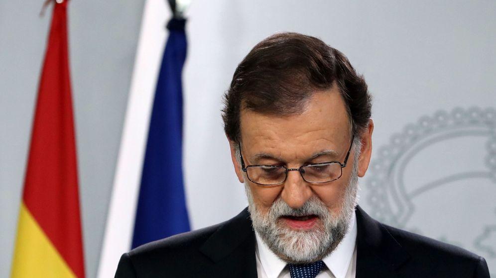 Foto: El presidente del Gobierno, Mariano Rajoy, durante la declaración institucional celebrada tras el referéndum. (EFE)