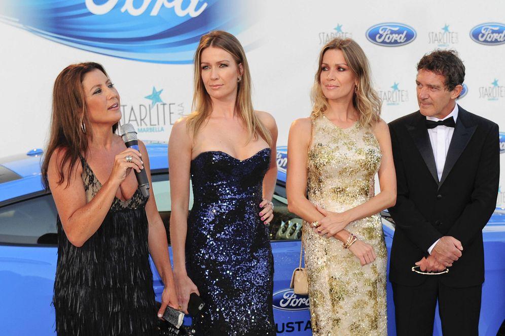 Foto: Sara Baras, Bárbara y Nicole Kimpel y Antonio Banderas, en la Gala de Starlite 2017.