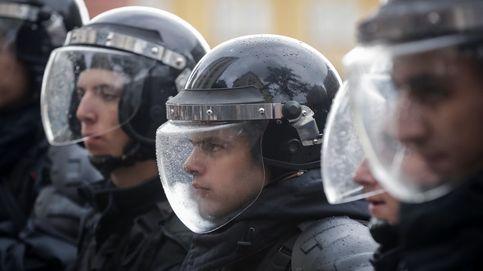 Miles de evacuados de centros comerciales, hoteles, cines y teatros en Moscú