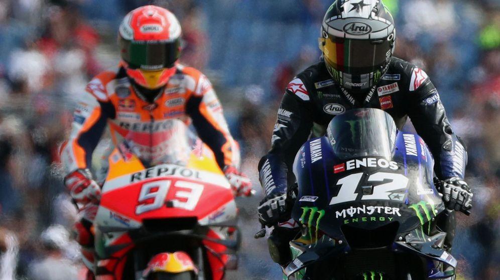 Foto: Maverick Viñales y Marc Márquez durante el Gran Premio de Aragón. (EFE)