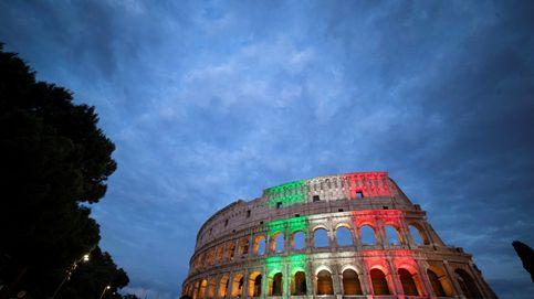 Detenido un turista por tallar sus iniciales en el Coliseo