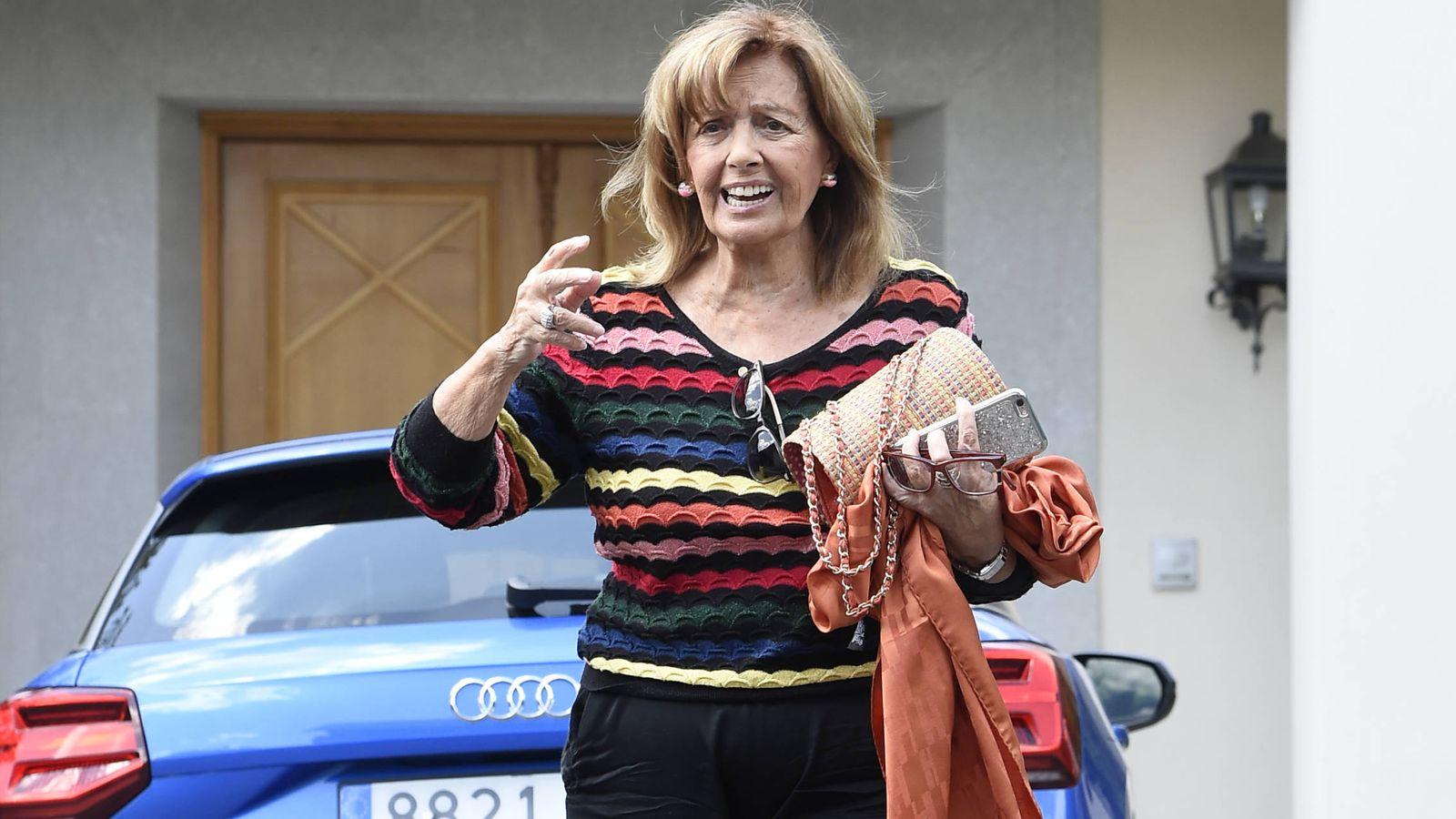 Foto: La presentadora María Teresa Campos yendo a una revisión médica. (Gtres)
