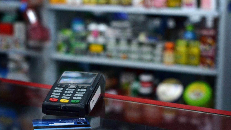 El gasto con tarjeta en Navidad se estanca y da la puntilla al consumo