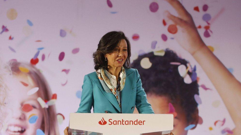 Foto: La presidenta del Banco Santander, Ana Botín, en un acto. (EFE)