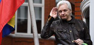 Post de Cómo ha cambiado Assange en siete años: el momento en el que es detenido