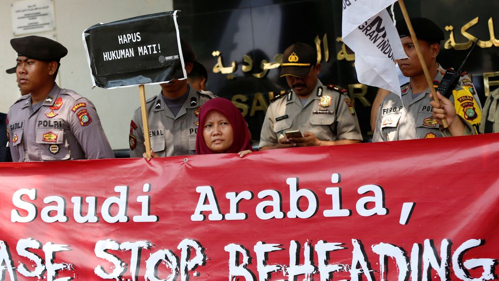 Foto: Manifestación en Indonesia contra las ejecuciones de extranjeros en Arabia Saudí. (Reuters)