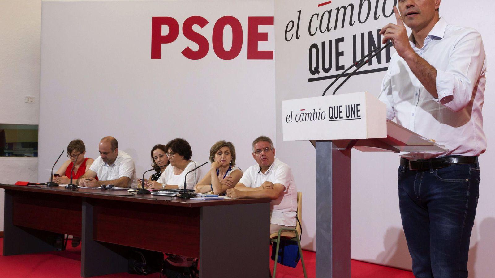 Foto: El líder socialista, Pedro Sánchez, durante su intervención. (EFE)