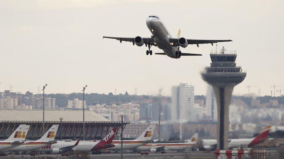Foto: Un avión despega del aeropuerto Madrid-Barajas Adolfo Suárez. (Reuters)
