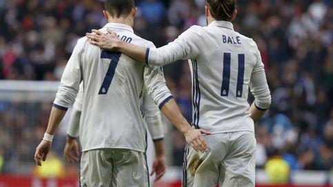 El si están bien, juegan siempre que persigue a Zidane con su delantera