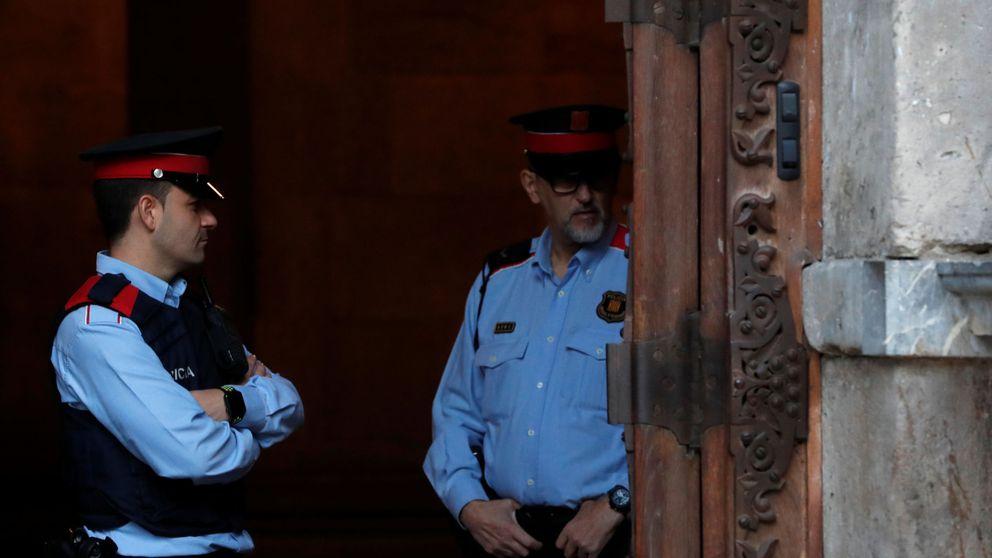 El fiscal acusa a los Mossos de ser la fuerza armada contra la defensa de la Constitución