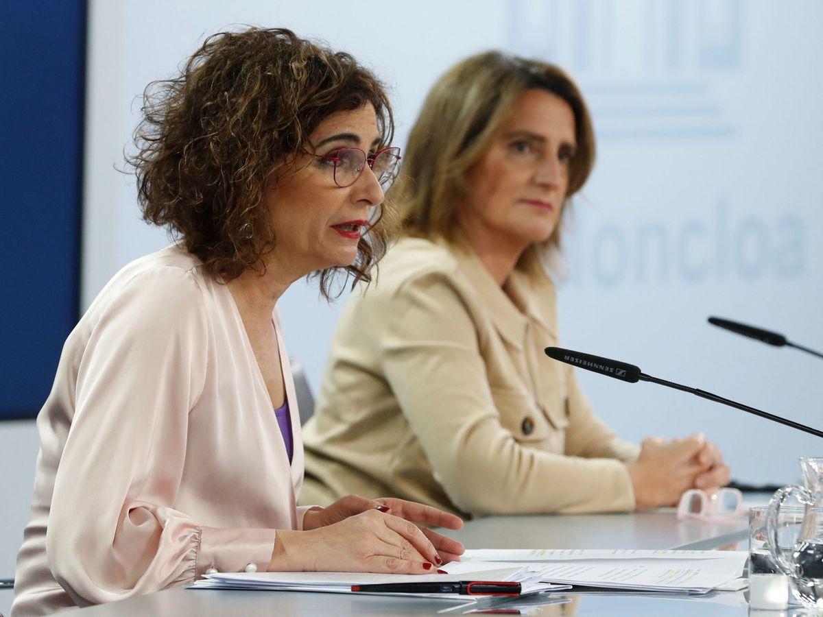 Foto: Las ministras tras el Consejo. (EFE)