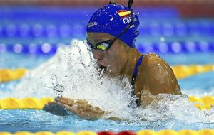 Jessica Vall redondea su gran europeo logrando la medalla de bronce en los 200 braza