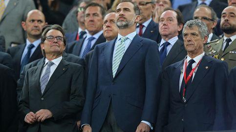 El Camp Nou dedica una estruendosa pitada a Felipe VI y el himno nacional