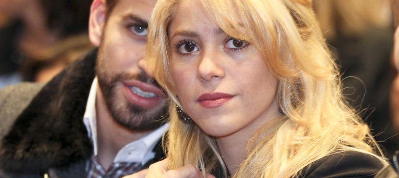 Foto: Shakira y Piqué en una imagen de archivo. Abajo, la baronesa Thyssen y Arantxa Sánchez Vicario y su marido Josep Santacana