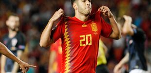 Post de Los 'palos' a Marco Asensio tras felicitar a España por el título que no disputó