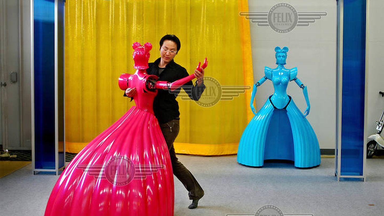 Un robot bailarina desarrollado en Japón (Xavier Cervera)