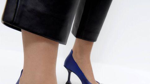 Estos zapatos de salón de Uterqüe serían la compra soñada de Carrie Bradshaw en 'Sexo en Nueva York'
