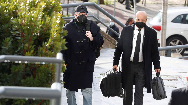 Paco Sanz, llegando al juicio. (EFE)