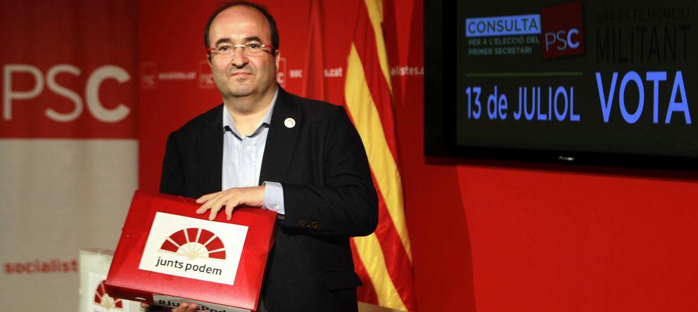 Foto: El diputado socialista Miquel Iceta, en la sede del PSC (EFE)