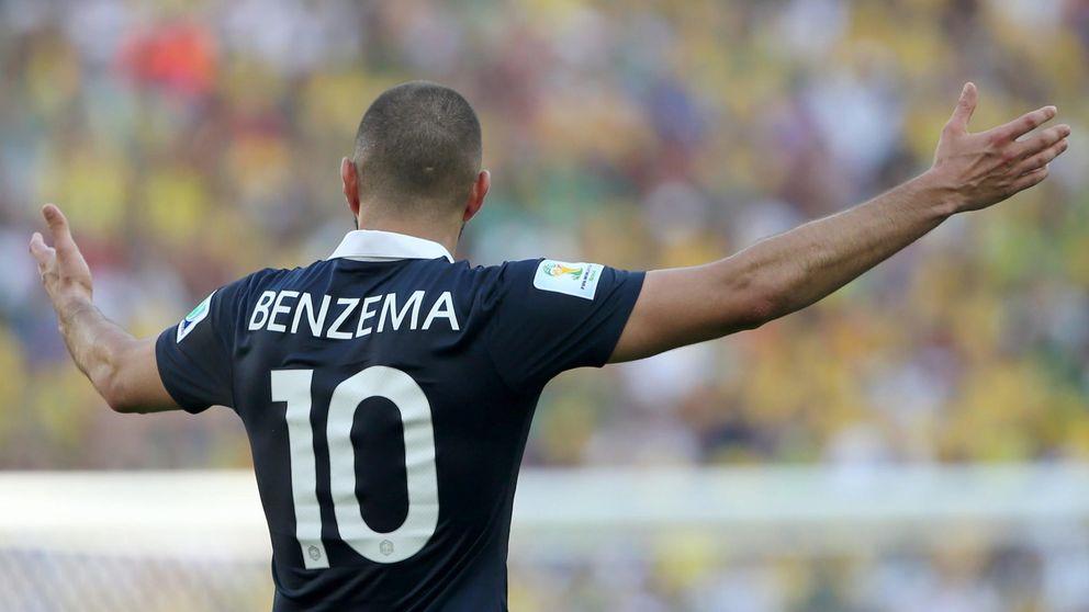 Benzema es apartado de su selección hasta que se aclare su situación judicial
