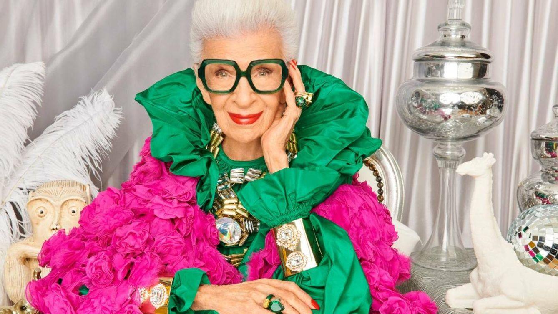 Por qué Iris Apfel sigue siendo un icono de moda a sus 100 años
