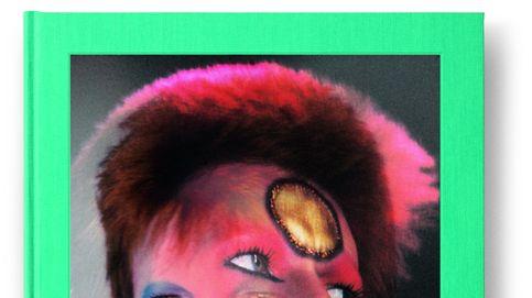 Las bambalinas del rey del glam. Los mejores retratos del fotógrafo de Bowie