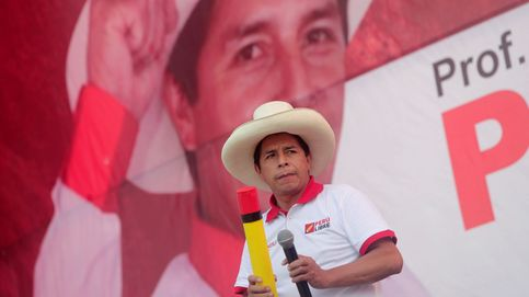 El radical 'Profesor' antisistema que quiere reinventar Perú: No está manchado