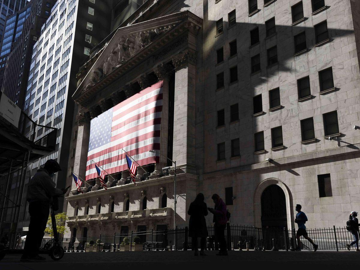 Foto: Fachada de la Bolsa de Nueva York, en Wall Street. (Reuters)