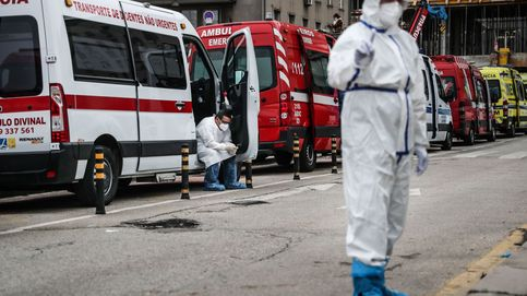 Colas de ambulancias ante los hospitales y un país aterrorizado: Portugal, frente al colapso