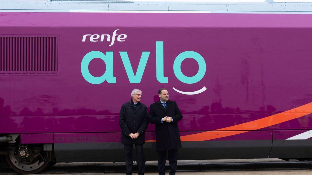 Foto: Presentación del servicio AVLO, de Renfe. (EFE)