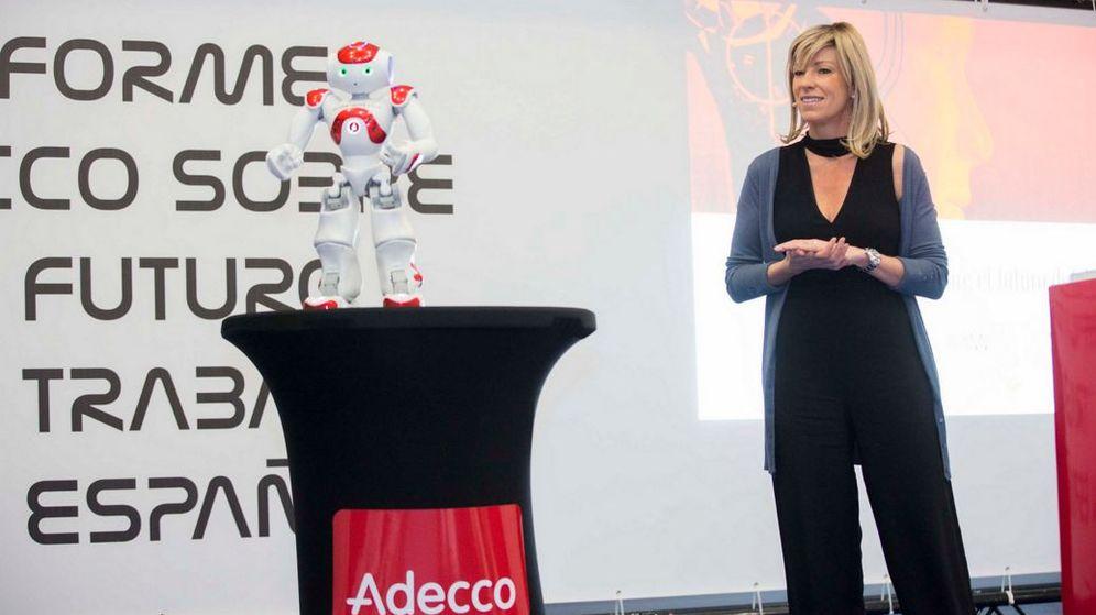 Foto: Margarita Álvarez, directora de marketing y comunicación de Adecco, en la presentación del informe sobre el futuro del trabajo en España. (Adecco)